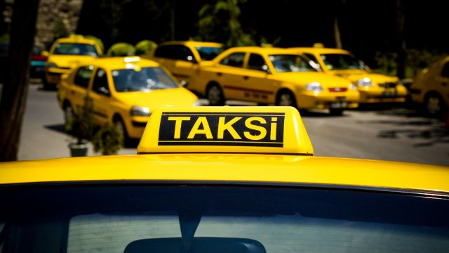 İstanbul'da taksilere panik butonu ile güvenlik kamerası