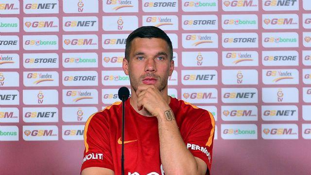 Podolski: 'Buraya gelerek doğru attım attım'