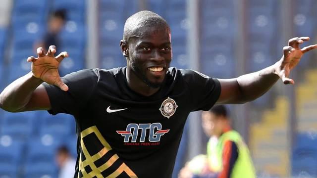 Osmanlıspor'un yıldızı Badou Ndiaye 40 milyon lira bedelle İngiltere'de