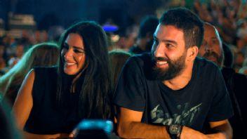 Arda Turan'dan eski sevgili Aslıhan Doğan'a sürpriz