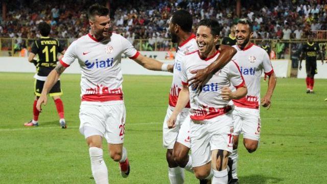 Antalyaspor'dan Samir Nasri'ye yılda 7 milyon Euro