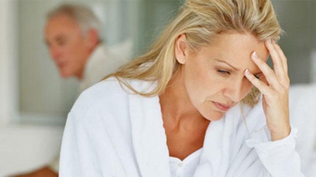 Kadınlar menopozu bir hastalık olarak görmemeli