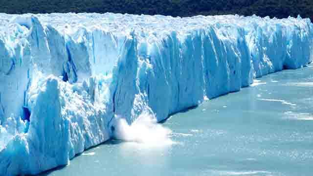 Trilyon tonluk buzdağı koptu