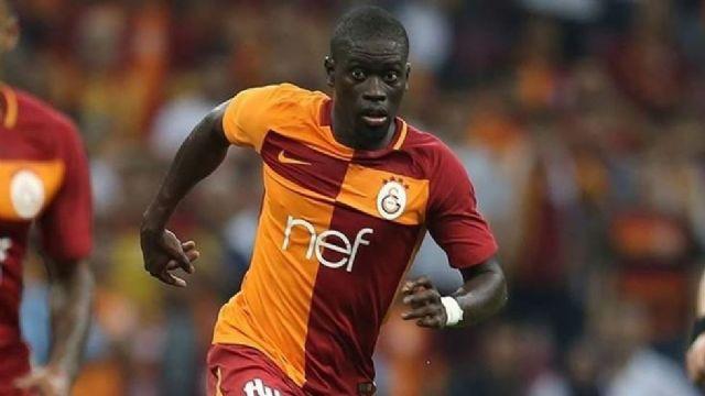 Galatasaray Ndiaye'yi tekrardan formasına bağladı