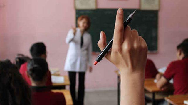 Pedagojik formasyon yerine tezsiz yüksek lisans