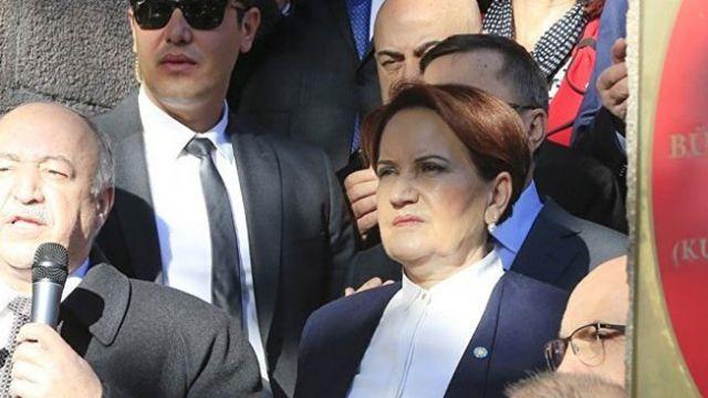 Meral Akşener'den İstanbul'daki resepsiyona tepki