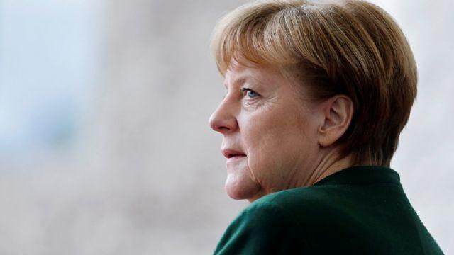 Merkel'den Türkiye'ye İncirlik Tepkisi