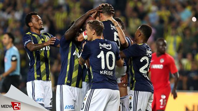 Fenerbahçe yeni sezonda zirvede