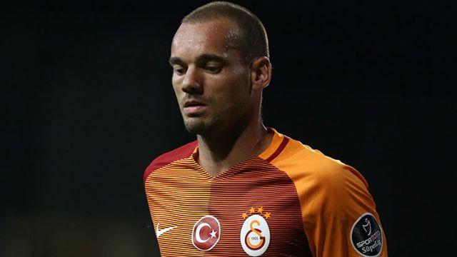 Sneijder'i gönderen yönetim taraftarı isyan ettirdi