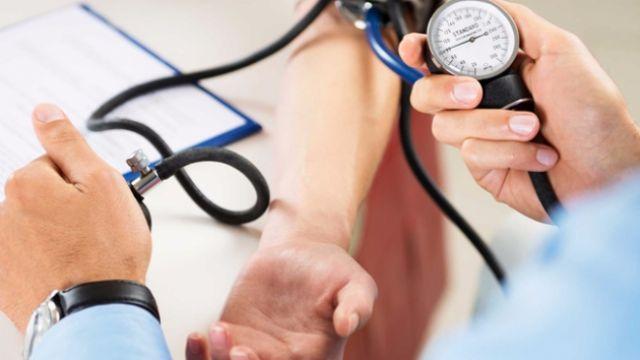 Yüksek tansiyon hastaları beyin kanaması riskine dikkat
