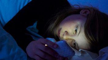 Cep telefonu ışığı sağlığımızı bozuyor