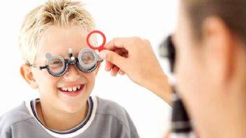 Çocuğunuzun görme bozukluklarını takip etmelisiniz