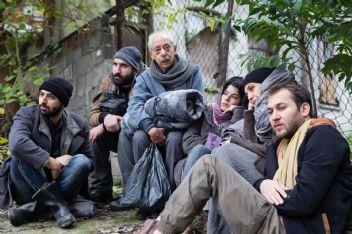 Genco Erkal bu kez Mültecilerin sorunlarını sahneye taşıyor
