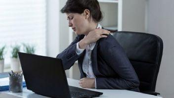 Geçmek bilmeyen omuz ağrıları için hangi tedbirler alınmalı?