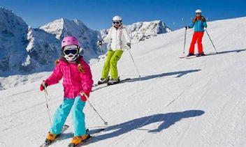 Sömestr tatilinde kayak yaparken dişlerinizi düşünün