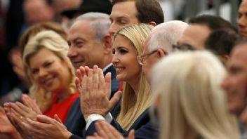 İsrail katliam yaparken onlar gülüyordu