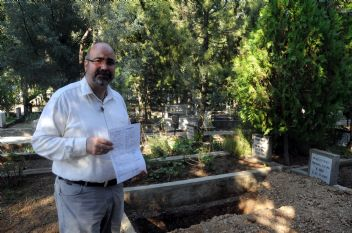 Adana'da aynı soyisimleri taşıyan cenazeler karıştı
