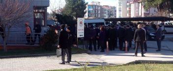 Adliyede Gaz Sızıntısı: 4'ü Ağır 54 Kişi Zehirlendi