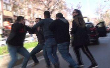 Kahramanmaraş'ta sokak ortasında park kavgası!