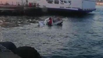 Arabalı vapurdan denize uçtu!