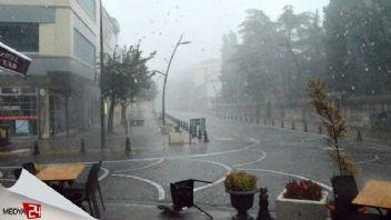 Edirne ve Kırklareli sağanak yağışa teslim