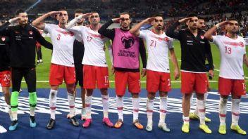 UEFA'ya karşı büyük tepki!