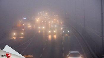 İstanbul'da sabah saatlerinde yoğun sis