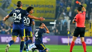 Fenerbahçeli Isla'ya 2 maç ceza