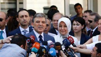 Abdullah Gül'ün danışmanı Ayşe Yılmaz FETÖ'den tutuklandı