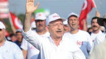 Bülent Tezcan: 'Adalet yürüyüşü 9 Temmuz'da Maltepe'de son bulacak.'