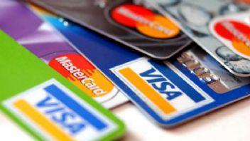 Apple Banka Kartlar Kanunu'nu deliyor