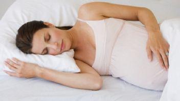 Yaz hamileleri için uyku tüyoları