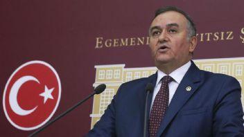 MHP'li Erkan Akçay: Azdan Az Çoktan Çok Gider
