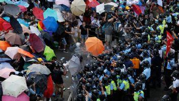 Şemsiye devriminin öncülerine hapis cezası çıktı
